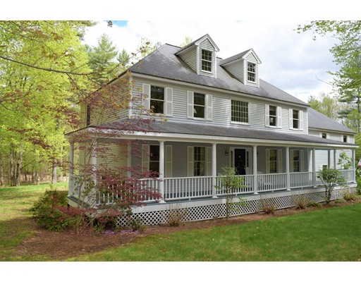 Single Family Home for Sale at 186 Robinson Road Boxborough, Massachusetts 01719 United States