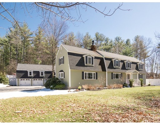 Casa Unifamiliar por un Venta en 3 East Street Pepperell, Massachusetts 01463 Estados Unidos