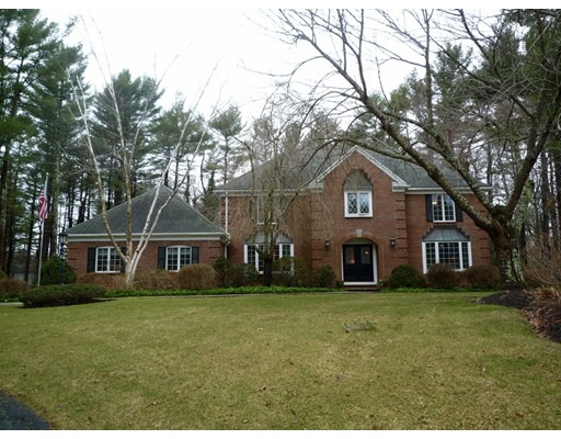 Single Family Home for Sale at 45 Janes Way Bridgewater, Massachusetts 02324 United States