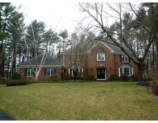 独户住宅 为 销售 在 45 Janes Way Bridgewater, 马萨诸塞州 02324 美国