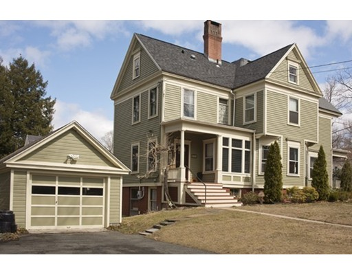 Single Family Home for Sale at 204 Lincoln Avenue Amherst, Massachusetts 01002 United States