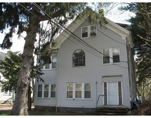 Casa Multifamiliar por un Venta en 268 W Elm Street Brockton, Massachusetts 02301 Estados Unidos
