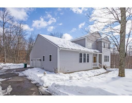 Maison unifamiliale pour l Vente à 18 Brett Scituate, Rhode Island 02825 États-Unis