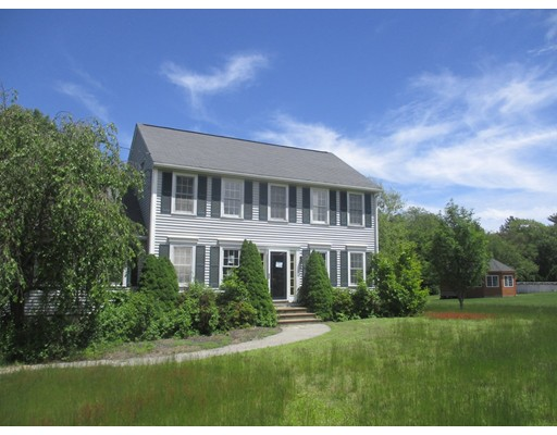 Single Family Home for Sale at 62 South Street Douglas, Massachusetts 01516 United States