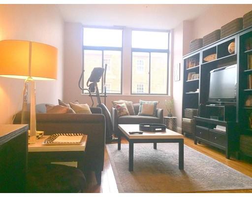 独户住宅 为 出租 在 99 Gove Street 波士顿, 马萨诸塞州 02128 美国