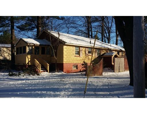 Частный односемейный дом для того Продажа на 31 Border Road Holbrook, Массачусетс 02343 Соединенные Штаты