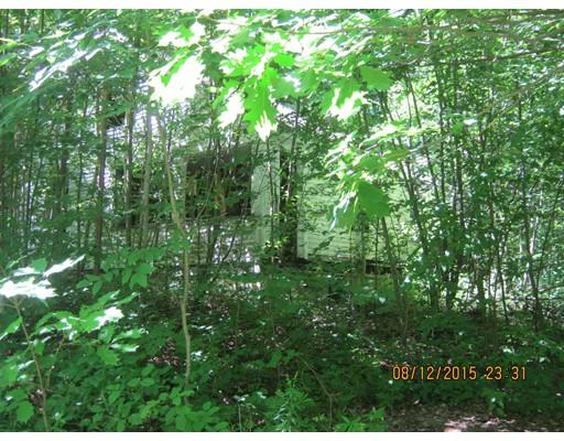 土地 为 销售 在 151 Erickson Road Ashby, 马萨诸塞州 01431 美国