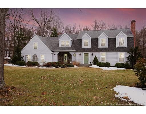 Частный односемейный дом для того Продажа на 13 Belknap Drive Atkinson, Нью-Гэмпшир 03811 Соединенные Штаты