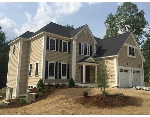 Maison unifamiliale pour l Vente à 230 Bolton Road Harvard, Massachusetts 01451 États-Unis