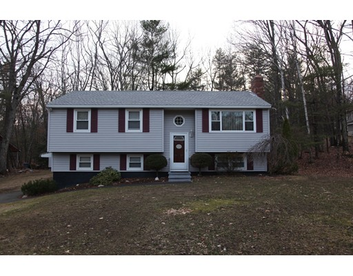 Single Family Home for Sale at 19 Sherwood Road Londonderry, New Hampshire 03053 United States