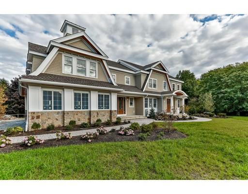 Maison unifamiliale pour l Vente à 28 Thatcher Street Westwood, Massachusetts 02090 États-Unis