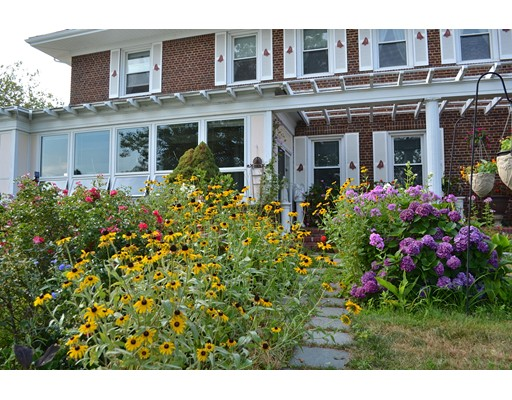 Single Family Home for Sale at 1 Main Street 1 Main Street Fairhaven, Massachusetts 02719 United States