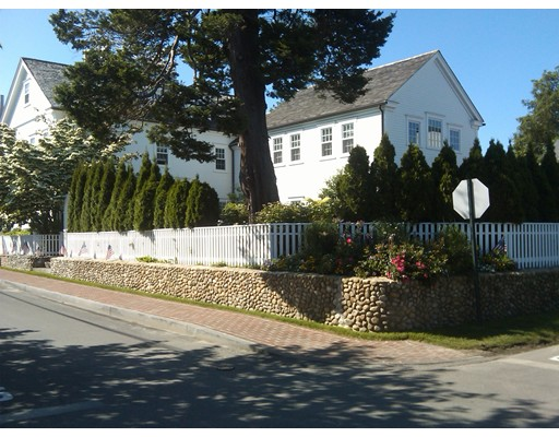 Single Family Home for Sale at 56 Cottage Street 56 Cottage Street Edgartown, Massachusetts 02539 United States