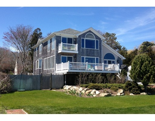 Single Family Home for Sale at 18 Pleasantview Avenue Mattapoisett, 02739 United States