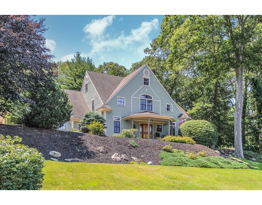 Single Family Home for Sale at 4 BRENTWOOD WAY Ipswich, Massachusetts 01938 United States