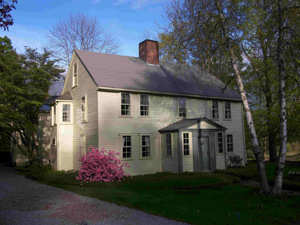 Property for sale at 19 South Main Street, Petersham,  MA 01366