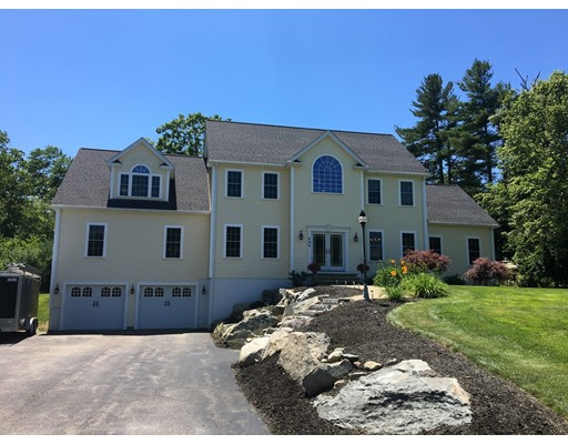 Single Family Home for Sale at 496 Fresh Meadow Lane Dighton, Massachusetts 02764 United States