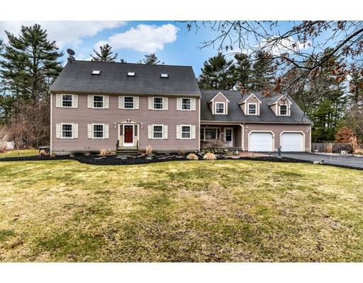 Maison unifamiliale pour l Vente à 14 Gates Lane Pembroke, Massachusetts 02359 États-Unis