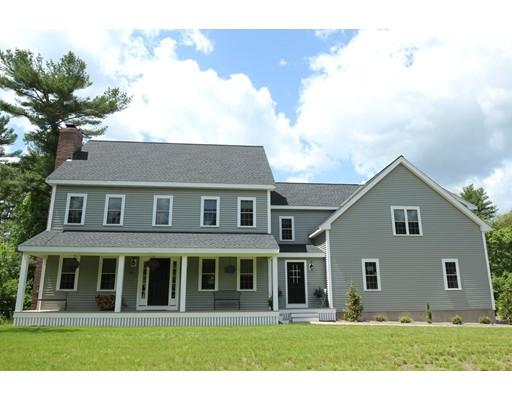 独户住宅 为 销售 在 529 East Street Bridgewater, 马萨诸塞州 02324 美国