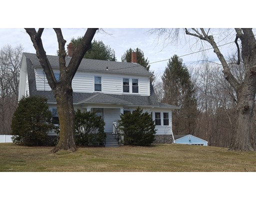 Single Family Home for Rent at 152 West Main Street Dudley, 01571 United States