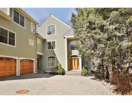 Single Family Home for Rent at 9 Thurston Road Newton, Massachusetts 02464 United States