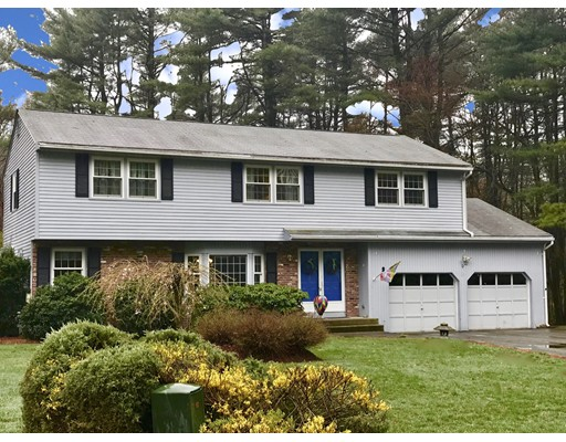 8 Waverly Dr, Andover, MA 01810