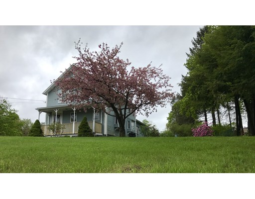 Single Family Home for Sale at 200 Hendrick Street Easthampton, Massachusetts 01027 United States