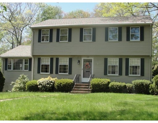 148  Old Country Way,  Braintree, MA
