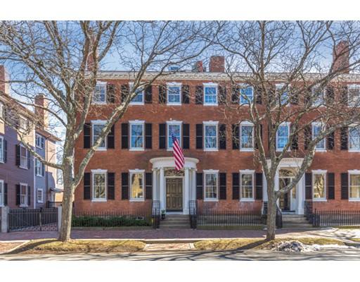 Частный односемейный дом для того Продажа на 21 Chestnut Street Salem, Массачусетс 01970 Соединенные Штаты