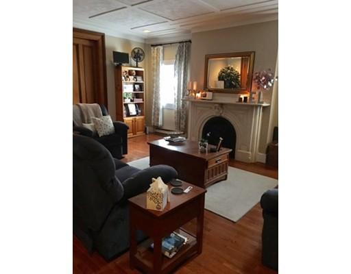 Casa Unifamiliar por un Alquiler en 744 East 4th Street Boston, Massachusetts 02127 Estados Unidos