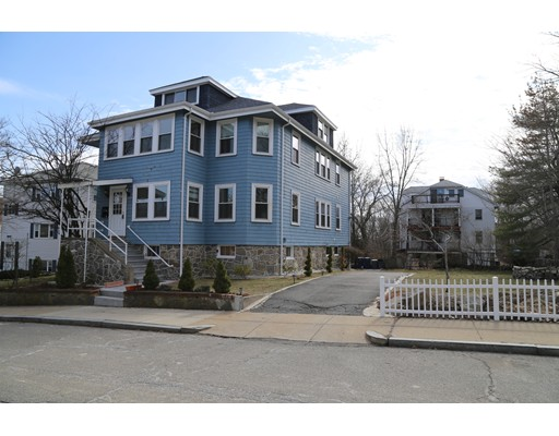 Additional photo for property listing at 10 Stearns Road  Boston, Massachusetts 02132 Estados Unidos