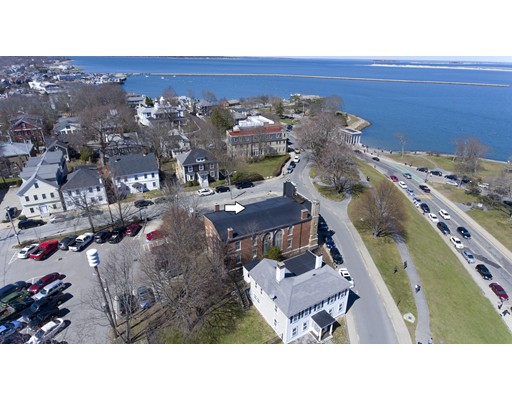 Commercial for Sale at 8 Carver Street Plymouth, Massachusetts 02360 United States
