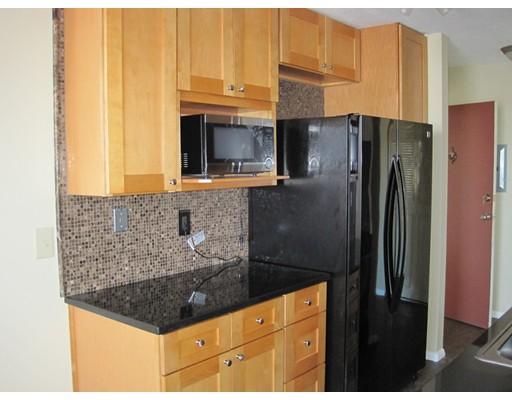 Casa Unifamiliar por un Alquiler en 60 Shrewsbury Green Drive Shrewsbury, Massachusetts 01545 Estados Unidos