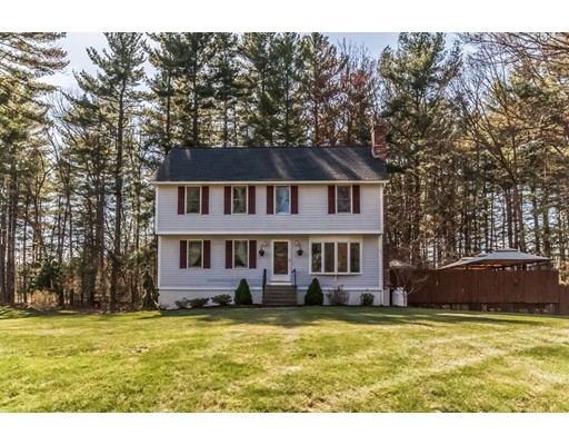 Single Family Home for Sale at 20 Fairway Road Londonderry, New Hampshire 03053 United States