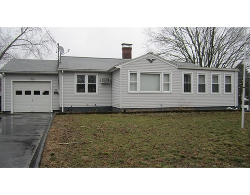 Single Family Home for Sale at 63 Cleveland Street Putnam, Connecticut 06260 United States