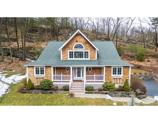 独户住宅 为 销售 在 475 Howard Street 诺斯伯勒, 马萨诸塞州 01532 美国