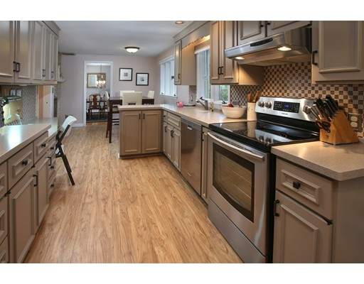 Single Family Home for Sale at 140 WOODCREST DRIVE Melrose, Massachusetts 02176 United States
