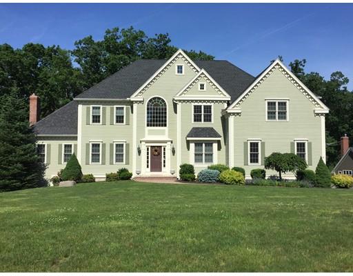 واحد منزل الأسرة للـ Sale في 27 OLDE COACH ROAD North Reading, Massachusetts 01864 United States
