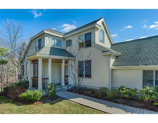 125 Carriage Hill Circle 125, Southborough, MA 01772