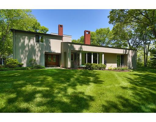 Частный односемейный дом для того Продажа на 200 Lake Street Sherborn, Массачусетс 01770 Соединенные Штаты