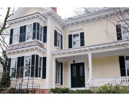 独户住宅 为 销售 在 55 Academy Street 阿灵顿, 马萨诸塞州 02476 美国