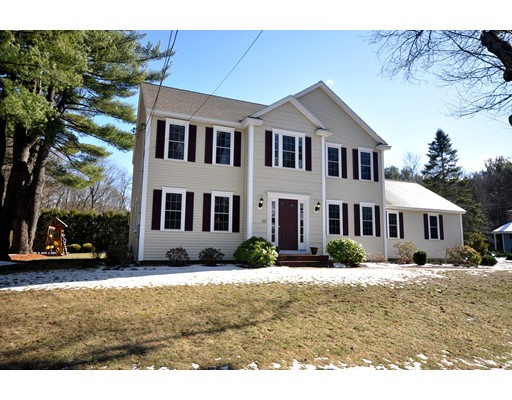 Single Family Home for Sale at 247 Great Road Maynard, Massachusetts 01754 United States
