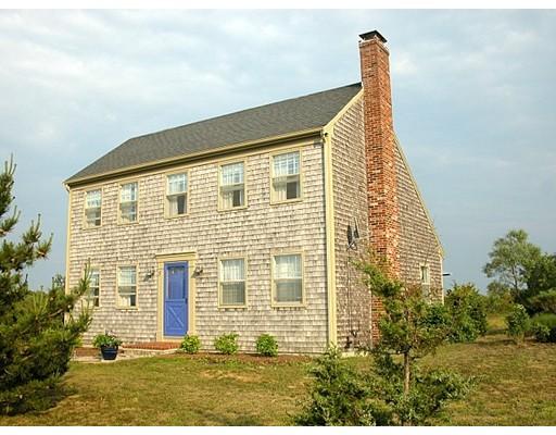 Maison unifamiliale pour l Vente à 5 Sandpiper Avenue Truro, Massachusetts 02666 États-Unis