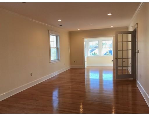Single Family Home for Rent at 11 Pine Arlington, Massachusetts 02474 United States