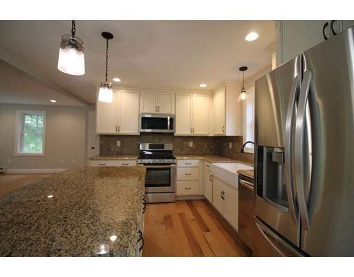 Частный односемейный дом для того Продажа на 40 Pitcherville Road Hubbardston, Массачусетс 01452 Соединенные Штаты
