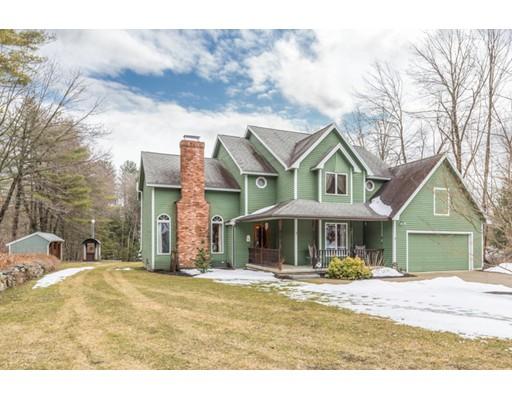 独户住宅 为 销售 在 49 Blood Street 佩波勒尔, 马萨诸塞州 01463 美国
