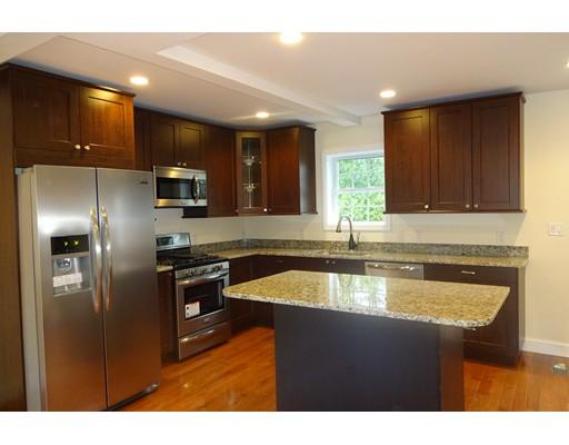 Casa Unifamiliar por un Alquiler en 5 Dighton Street Saugus, Massachusetts 01906 Estados Unidos