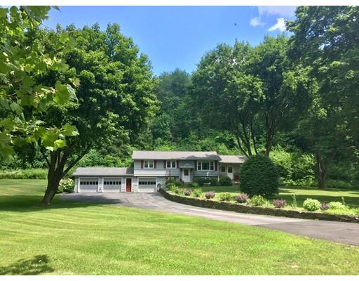 واحد منزل الأسرة للـ Sale في 127 Greenfield Road 127 Greenfield Road Montague, Massachusetts 01351 United States
