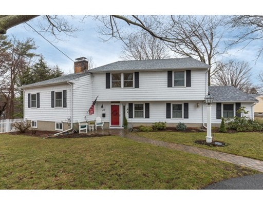 19 ROBIN ROAD, Reading, MA 01867