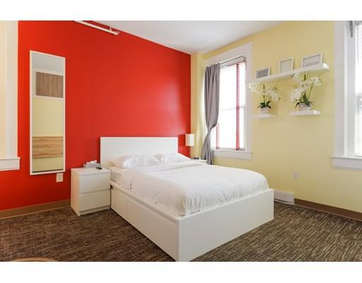 独户住宅 为 出租 在 3 Cottage Avenue 昆西, 马萨诸塞州 02169 美国